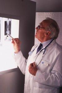 Лечение карциноидной опухоли тонкой кишки в Израиле в Ассуте