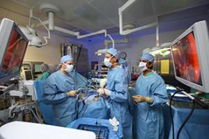 Эндоскопическая нейрохирургия позвоночника в Израиле в центре Ассута